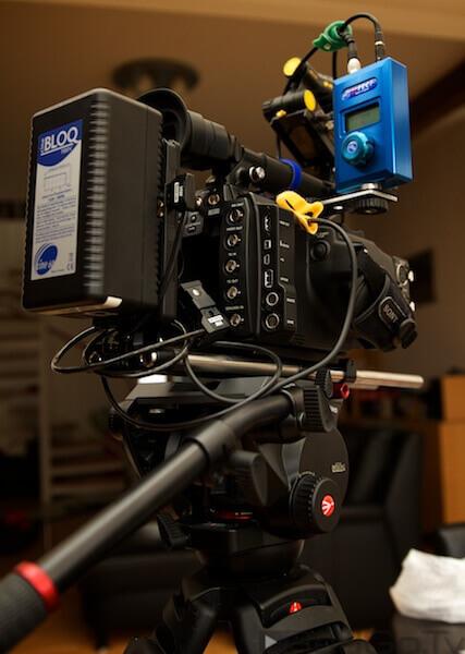 Fast komplett: der neue Stativkopf trägt bis zu 13 Kilo. Das reicht für Kamera und Zubehör.