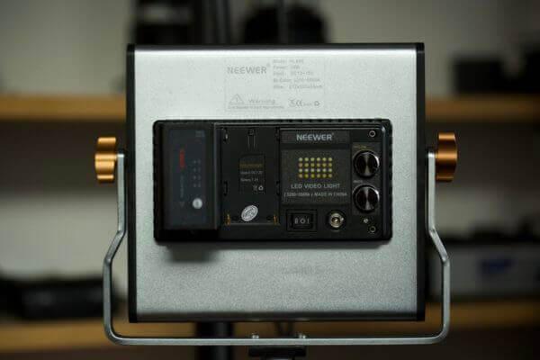 Neewer NL480 Rückseite